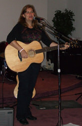 Lisa Weyerhaueser at the benefit for the Foster Family